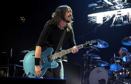 Foo Fighters are nominated for the 2011 American Music Awards (Photo: Live4ever)