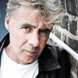 Former Sex Pistols bass player Glen Matlock will headline an 'anti-jubilee' ...
